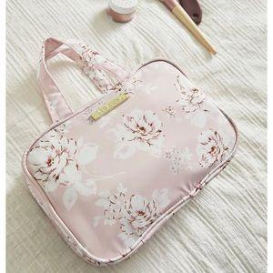 Yumi Kim Hanging Train Case - Travel Bag - New!